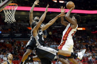 The Spurs defense stifled the Heat's offense just enough tonight (Lynne Sladky/AP Photo)