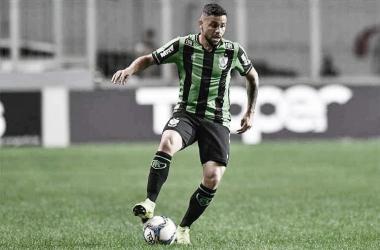 Protagonista da 'lei do ex' contra Ponte, Felipe Azevedo celebra retorno aos gramados com gol