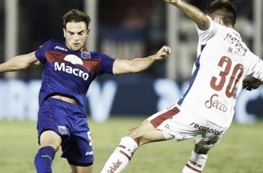 Menossi lleva cuatro goles en la Superliga (Foto: Olé).