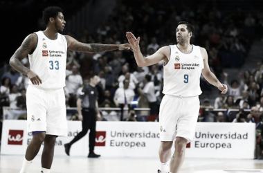 Thompkins y Reyes. | Foto: acb.com