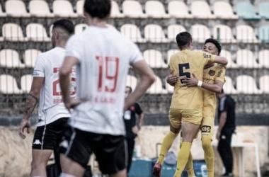Vasco sofre mais uma vez com bola parada e cede empate para Madureira
