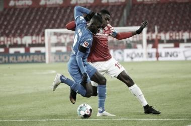 Mainz e Hoffenheim empatam e continuam na segunda metade da tabela de Bundesliga