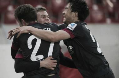 Mainz 05 vence Stuttgart de virada e sobe para a oitava colocação