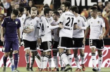 Tres victorias consecutivas y a seis puntos de Europa