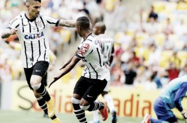 """Malcom lamenta segundo tempo ruim do Corinthians e Gil critica árbitro: """"Ruim e tendencioso"""""""