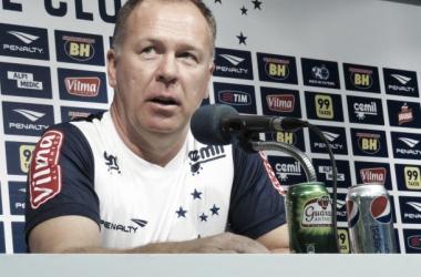 Mano vê Cruzeiro melhor diante do Avaí e evita falar em vaga na Libertadores