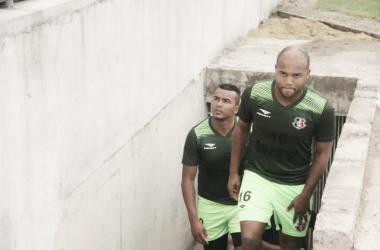 Santa Cruz anuncia contratação do zagueiro Anderson Salles, ex-Goiás
