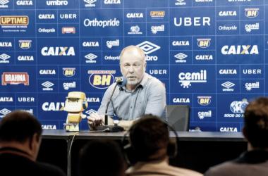 Mano Menezes exalta vitória do Cruzeiro sobre Tupi e lamenta lesão de Fred