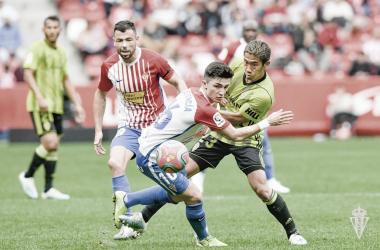 Manu García durante el encuentro frente al Zaragoza | Sporting de Gijón