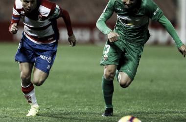 Manu y Pozo, en un lance del encuentro | Fuente: La Liga 123