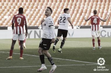 Manu Vallejo rasca un nuevo empate en Mestalla