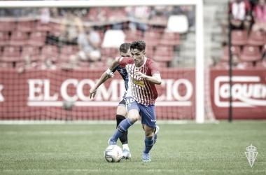 Manu García durante el encuentro frente el Racing. // Foto: Web Real Sporting