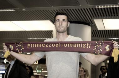 Iván Marcano a su llegada a Roma // Fuente: AS ROMA