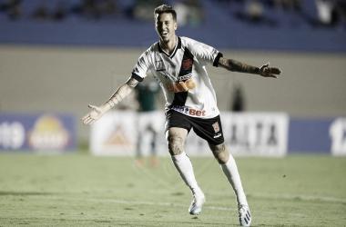 Carlinhos e Marcos Junior acertam rescisão e se despedem do Vasco