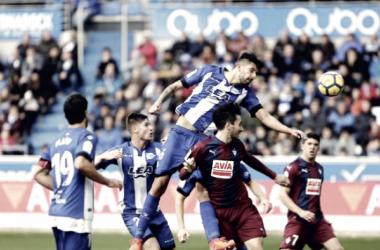 Maripán recuperó la titularidad ante el Eibar. Fotografía: LaLiga