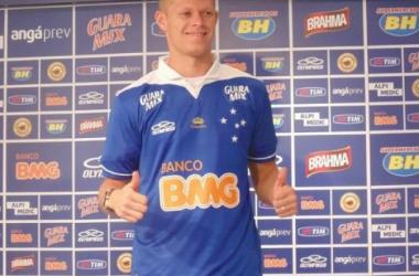 Marlone admite ansiedade na estreia pelo Cruzeiro