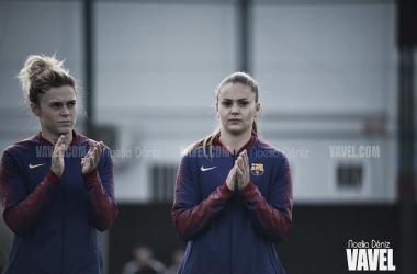 María León y Lieke Martens antes de comenzar el partido| Foto de Noelia Déniz, VAVEL