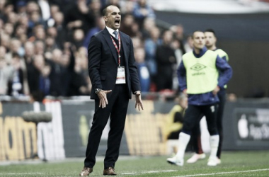 Roberto Martinez shows his frustration as Everton's hopes of a successful end to the season came to an end at Wembley on Saturday. (Image: Jason Dawson/Rex/Shutterstock)