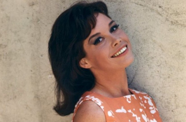 Mary Tyler Moore turned the world on with herbeautiful smile.