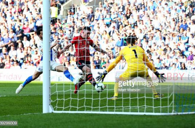 Pierre-Emile Hojbjerg scoring against Matthew Ryan. Image courtesy of Matt Watson on Getty Images.