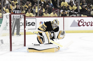Matt Murray makes a save. Could the young goaltender be on the verge of breaking through again? Photo Credit: NHL.com