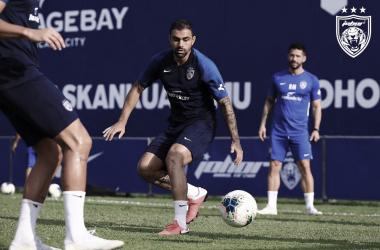 Maurício fala sobre expectativas no Johor para disputa da próxima temporada