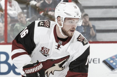 Arizona Coyotes' Max Domi has struggled offensively this season. He is now playing center in an effort to get him going. (Photo: sportingnews.com)