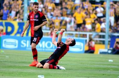 Maxi Rodriguez gritando el gol con todas sus fuerzas. Foto: Web