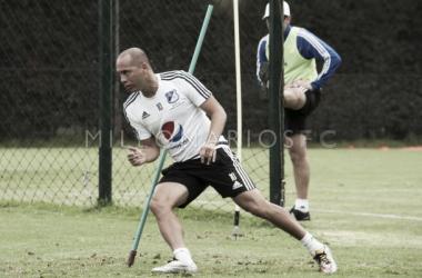 Mayer Candelo ya está recuperado de sus problemas musculares y entrena con el resto de jugadores.