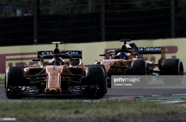 Alonso y Vandoorne, en el GP de Japón. | Foto: Getty Images
