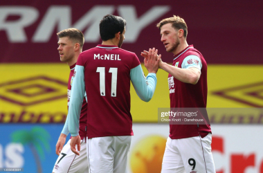 BURNLEY, ENGLAND - MARCH 06: Chris Wood of Burnley FC celebrates scoring his teams first goal during the Premier League match between Burnley and Arsenal at Turf Moor on March 06, 2021 in Burnley, England. Sporting stadiums around the UK remain under strict restrictions due to the Coronavirus Pandemic as Government social distancing laws prohibit fans inside venues resulting in games being played behind closed doors. (Photo by Chloe Knott - Danehouse/Getty Images)