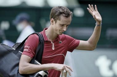Daniil Medvedev perdeu para Jan-Lennard Struff no ATP 500 de Halle 2021 (ATP / Divulgação)