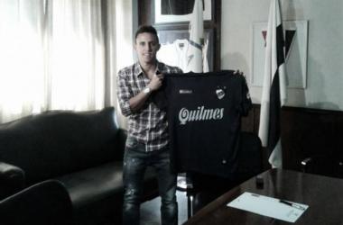 El 'enano' es la contratación más resonante de Quilmes. (FOTO: Prensa Quilmes)