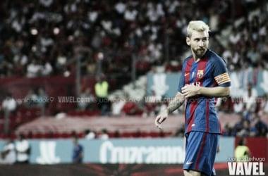 Messi ante el Sevilla FC. Foto: Juan Ignacio Lechuga, VAVEL