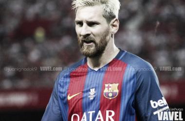 Messi decidió en Mestalla para seguir batiendo marcas