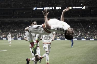 Sin convencer, México derrota a Curazao y avanza en primer lugar