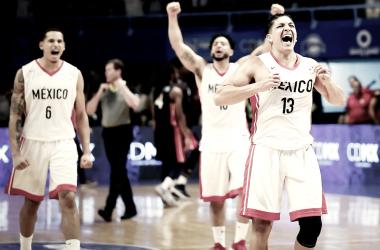 Foto vía: FIBA.