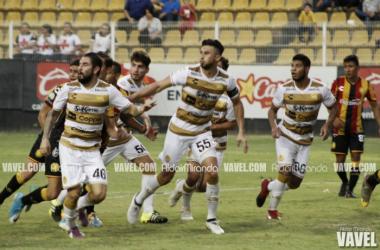 Fotos e imágenes del Dorados 0-2 Leones Negros de la Llave 1 de la Copa MX Apertura 2017