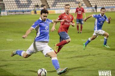 El Lleida Esportiu supera al Olot con autoridad