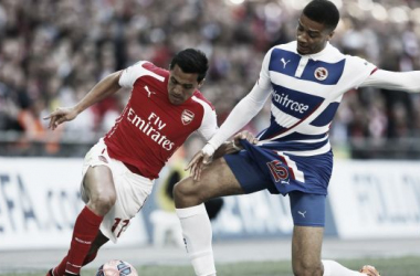 Hector battling Alexis Sanchez in FA Cup semi-final.
