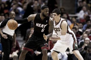 Miami busca arrancar y Dallas meterse en puestos de playoffs
