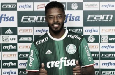 Michel Bastos novo camisa 15 do Verdão ( foto: Divulgação / Ag Palmeiras)