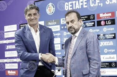 Presentación de Míchel con Ángel Torres // Fuente Getafe CF