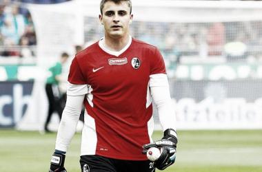 Sebastian Mielitz signs for Greuther Fürth
