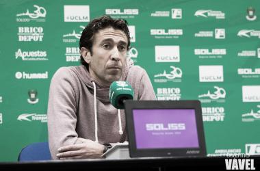 """Miguel Falcón: """"Tenemos que salir al partido como hicimos frente al Fuenlabrada"""""""