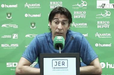"""Miguel Falcón: """"Lo único que cabe en la cabeza es ganar para seguir con opciones"""""""