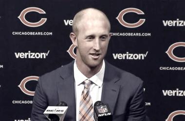 Mike Glennon en su presentación como jugador de los Chicago Bears. Fuente: CSN Chicago