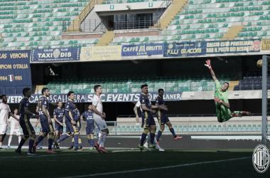 Hellas Verona 0 a 2 Milan (Serie A / Divulgação)