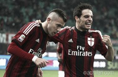 Em noite inspirada de Ménez, Milan vence Napoli no San Siro