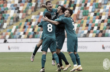 Com gol decisivo de Ibrahimovic, Milan vence Udinese e se isola na liderança da Serie A